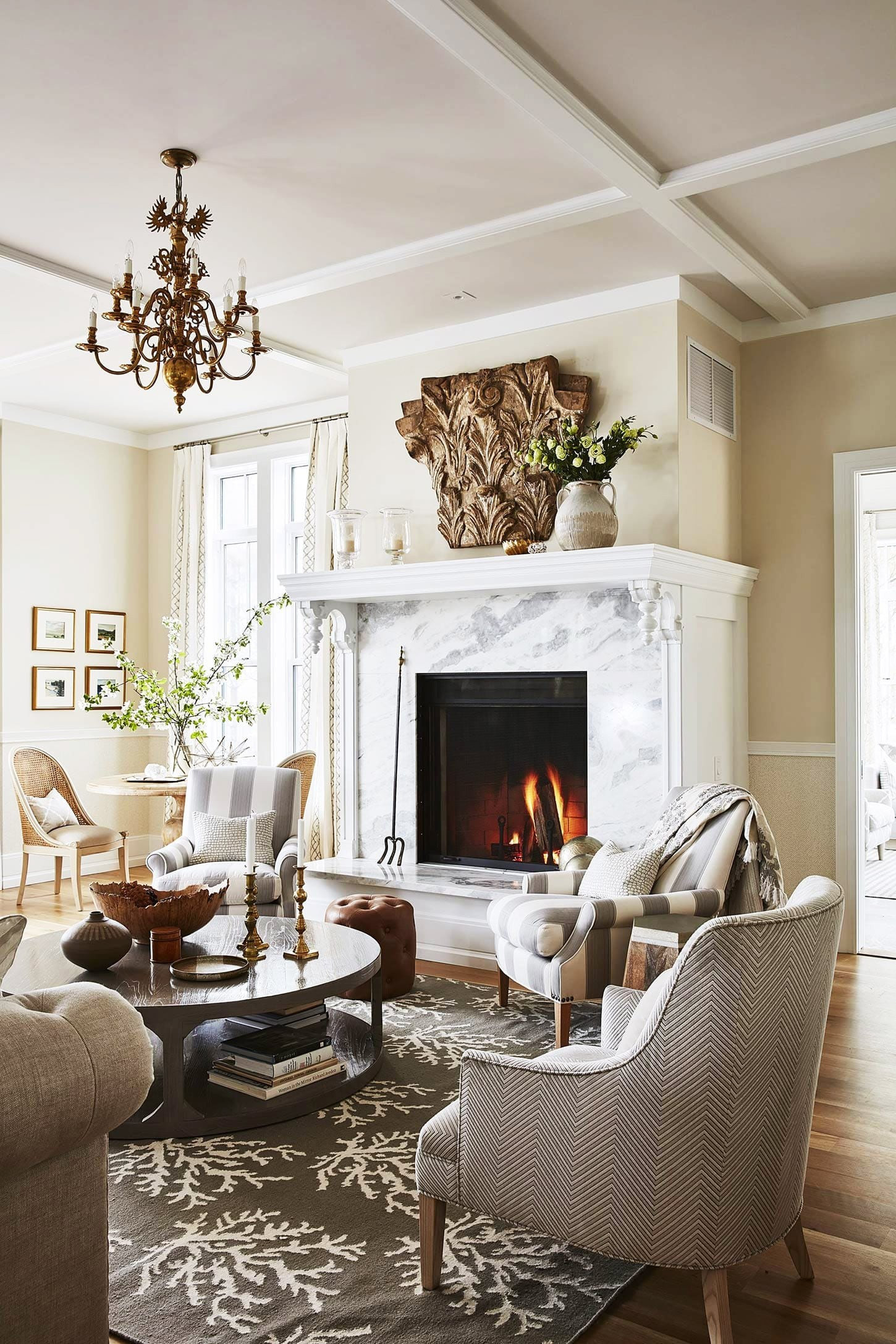 Decor Recipes For A Classic Living Room Family Room Hello Lovely