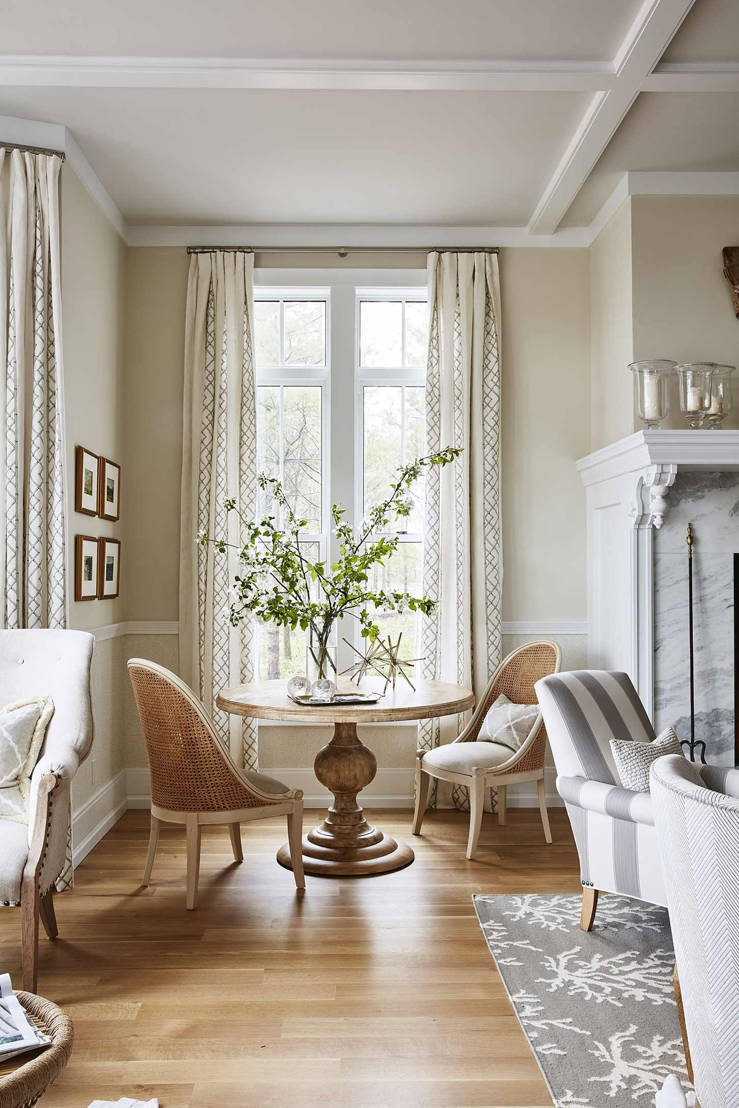 Decor Recipes for a Classic Living Room & Family Room - Hello Lovely