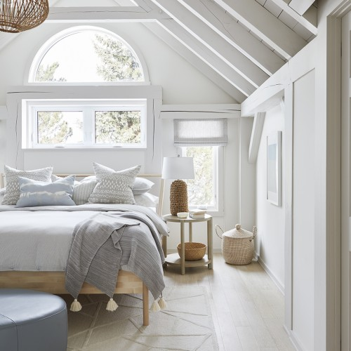 Contemporary Chalet: Principal Bedroom