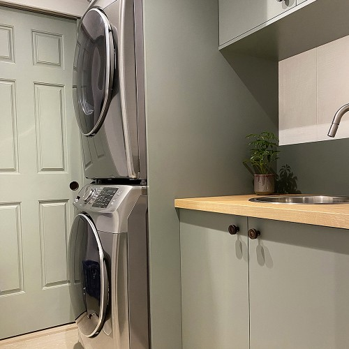 Design Life: Contemporary Chalet - Laundry Room