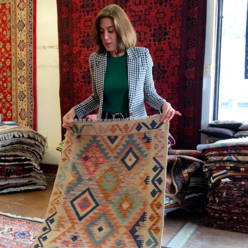 Design Life: How to design a room with a patterned rug! (Ep. 93)